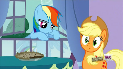 Rainbow mentions unfinished novels to Applejack