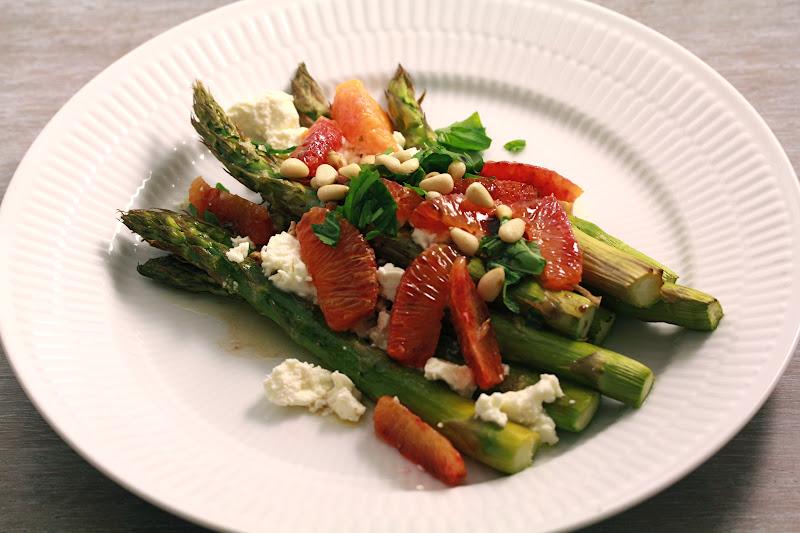 On dine chez nanou asperges vertes l 39 orange et la for Une entree facile