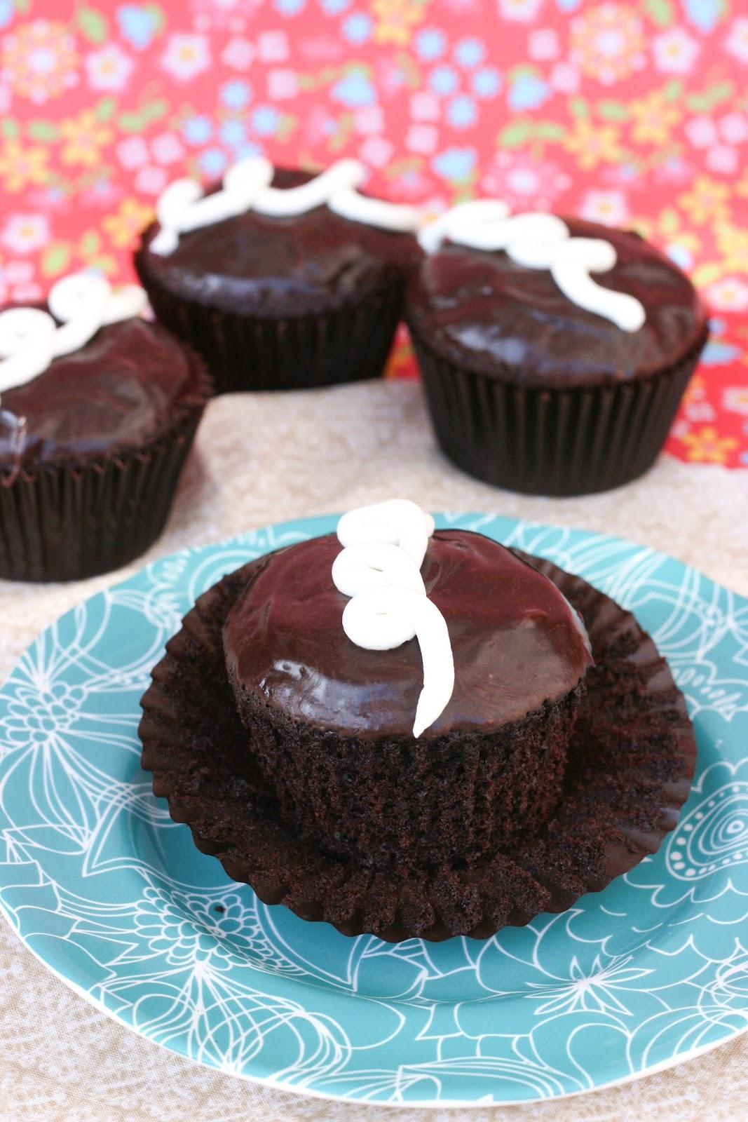 Homemade Hostess Cupcakes   Krissy's Creations