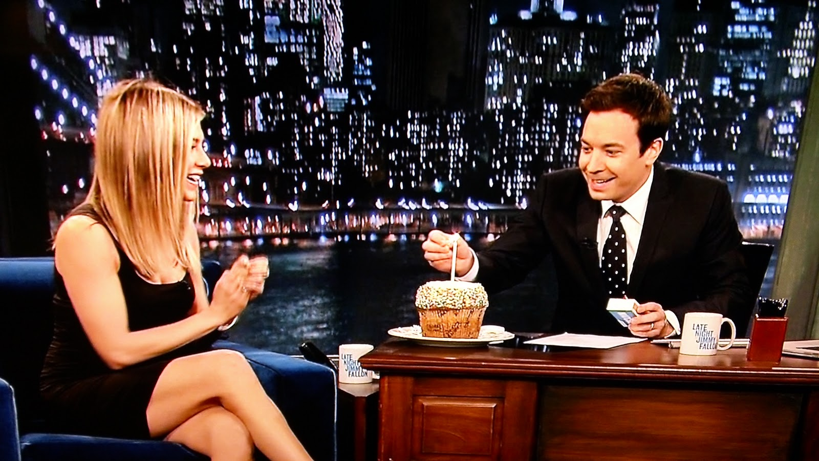jennifer aniston turned 42 and jimmy fallon helped her celebrate her