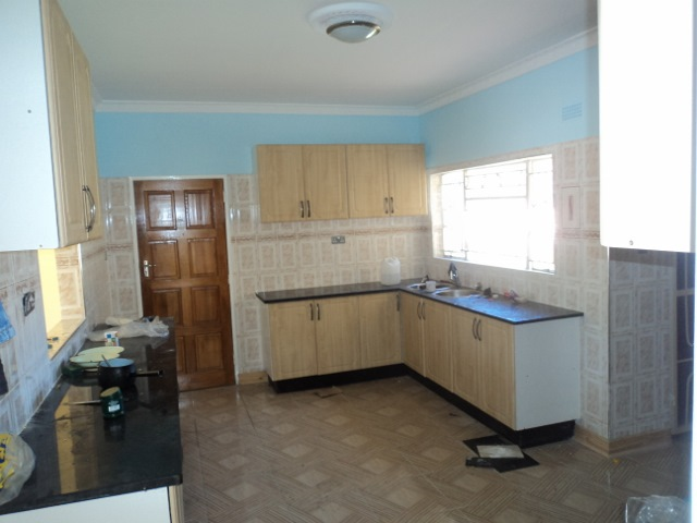 4 bed house greendale neat for sale harare zimbabwe for Beds zimbabwe