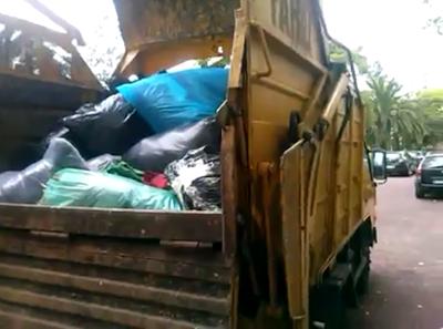 Roupas doadas à Cáritas atiradas ao lixo na ilha da Madeira
