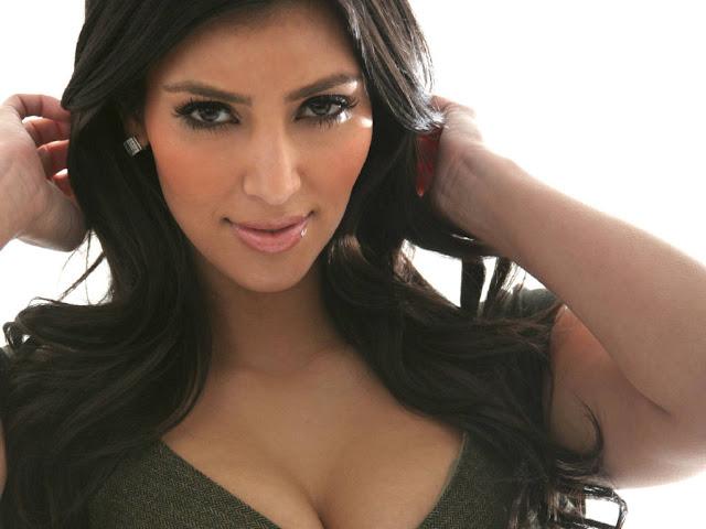 kim kardashian twitter pic 2011. Kim Kardashian Twitter account