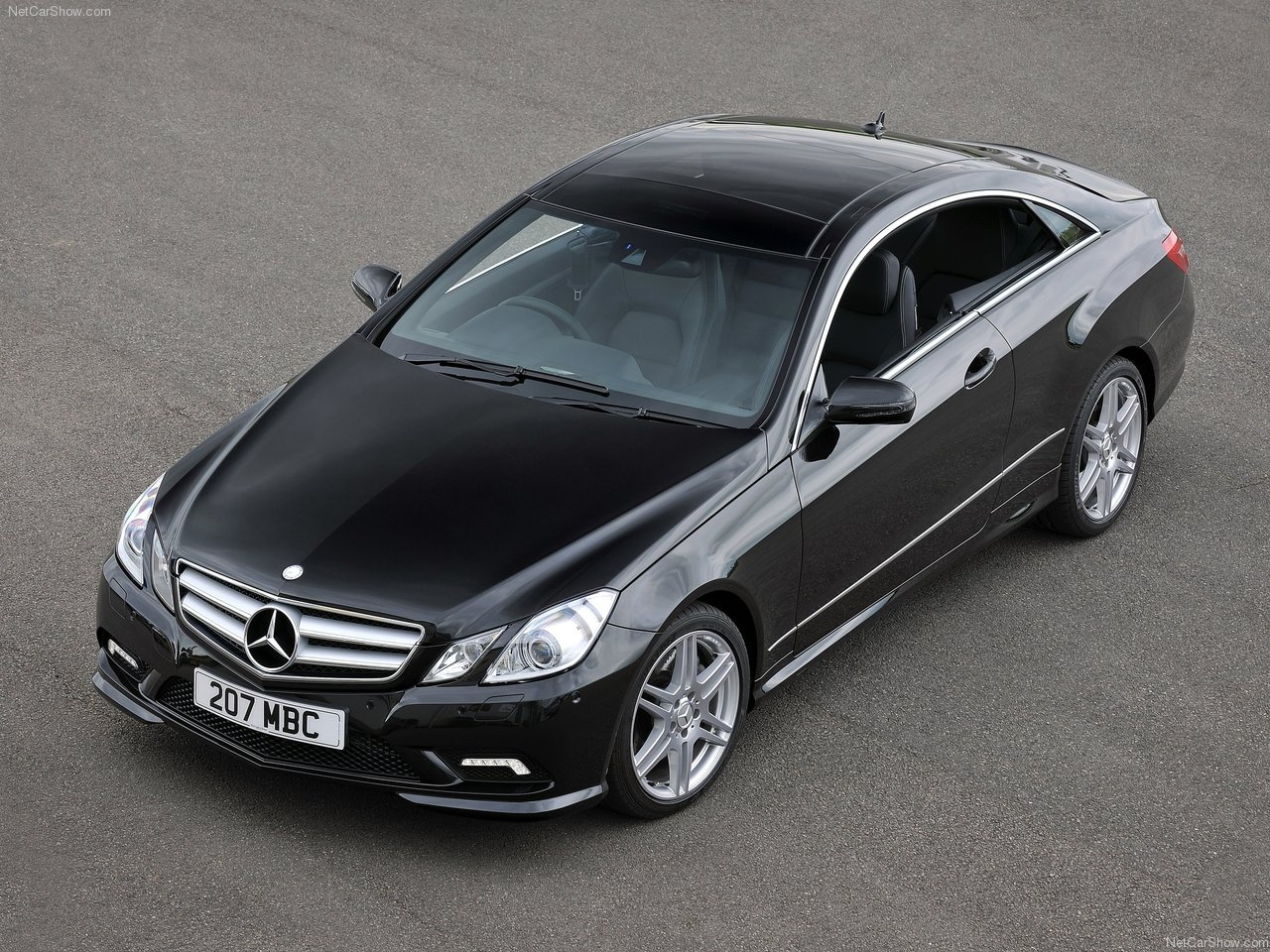 2010 mercedes benz e class coupe uk version mercedes. Black Bedroom Furniture Sets. Home Design Ideas