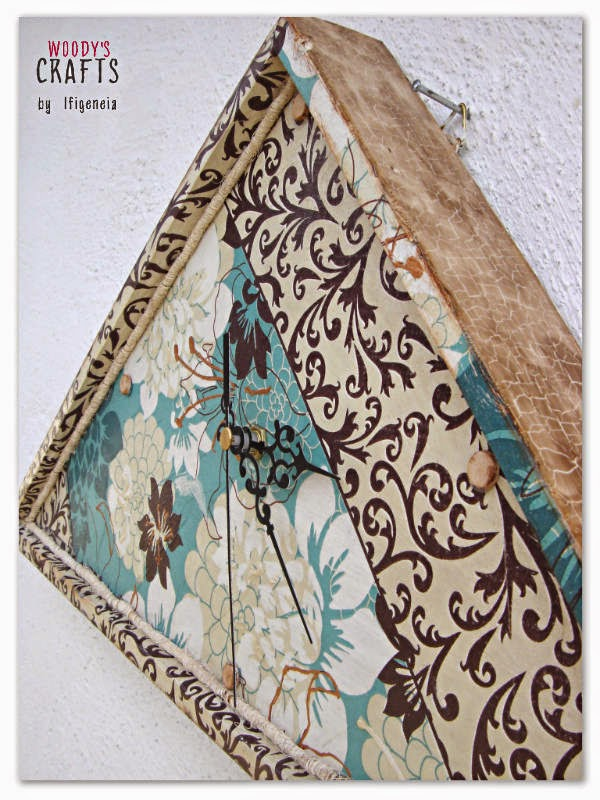 crackle painting,crackle paint,κρακελε,κρακελε σε ξυλο,τεχνικη ζωγραφικης,τεχνοτροπια κρακελε,τεχνικη κρακελε,τεχνικες παλαιωσης σε ξυλο,τεχνικες παλαιωσης,ξυλινα χειροποιητα διακοσμητικα,ιδεες για χειροποιητα δωρα,ξυλινα ρολογια τοιχου,χειροποιητα ρολογια τοιχου