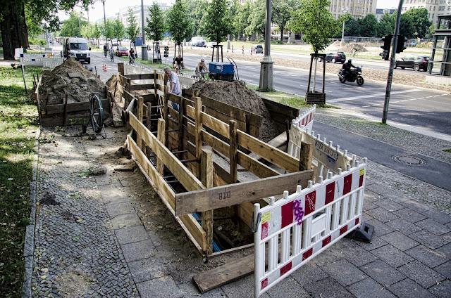 Baustelle Karl-Marx-Allee 106, 10243 Berlin, 19.06.2013
