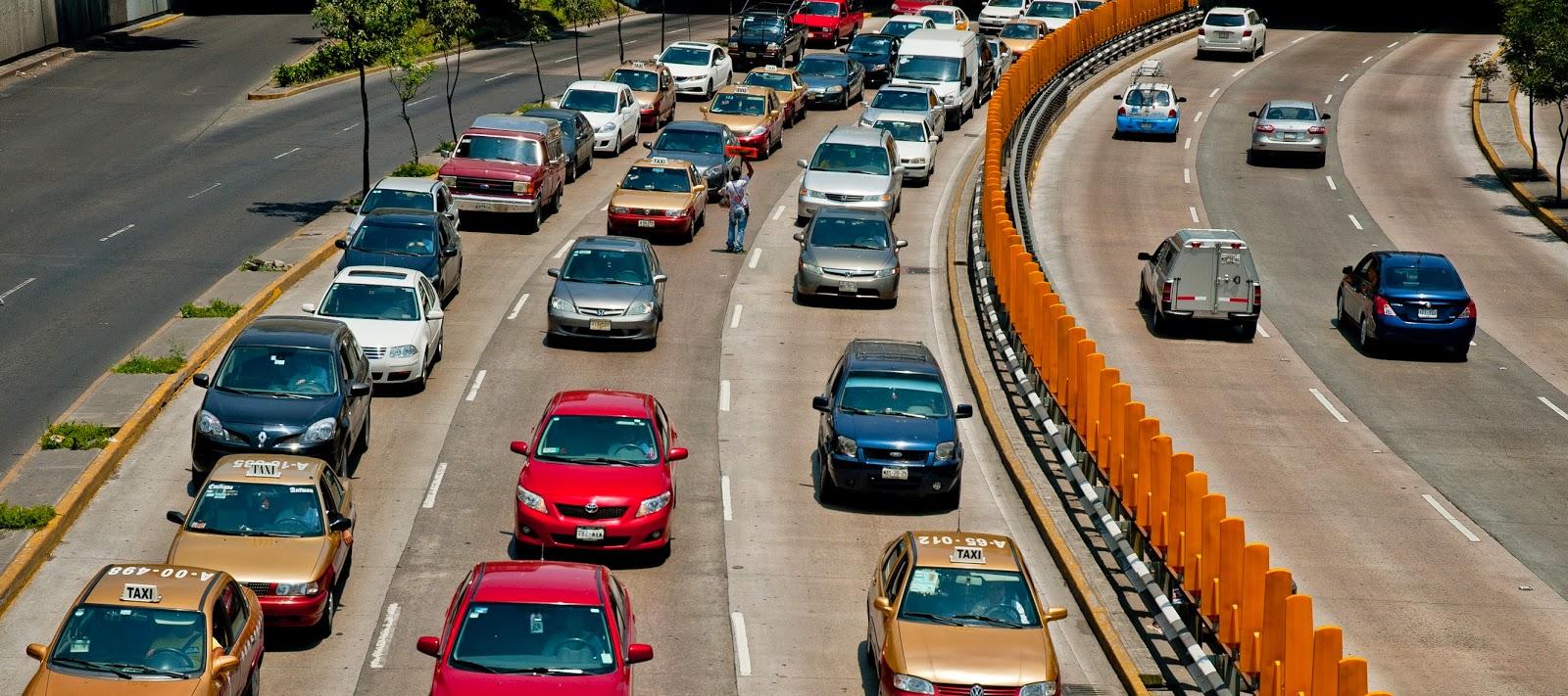 congestión tráfico,Tom tom 2013