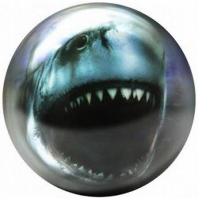 Bola Bowling Yang Unik