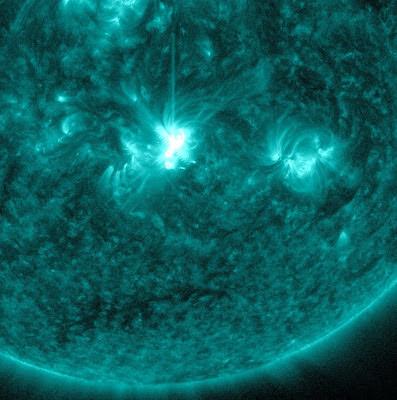 Llamarada solar clase M2.1, 06 de Junio de 2012