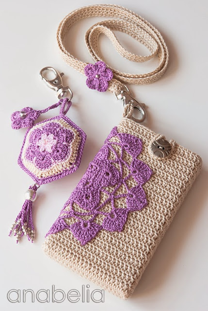 Crochet smartphone cover, keychain and neckband by Anabelia