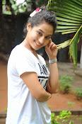 Pooja Ramachandran Glamorous photos-thumbnail-4
