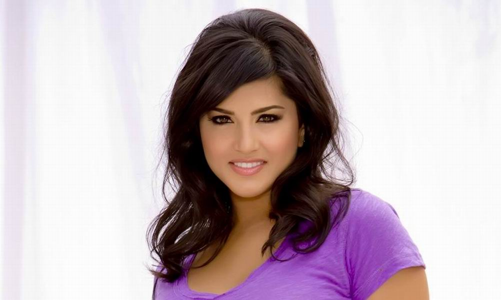 Sunny Leone Wallpapers Free Download Latest