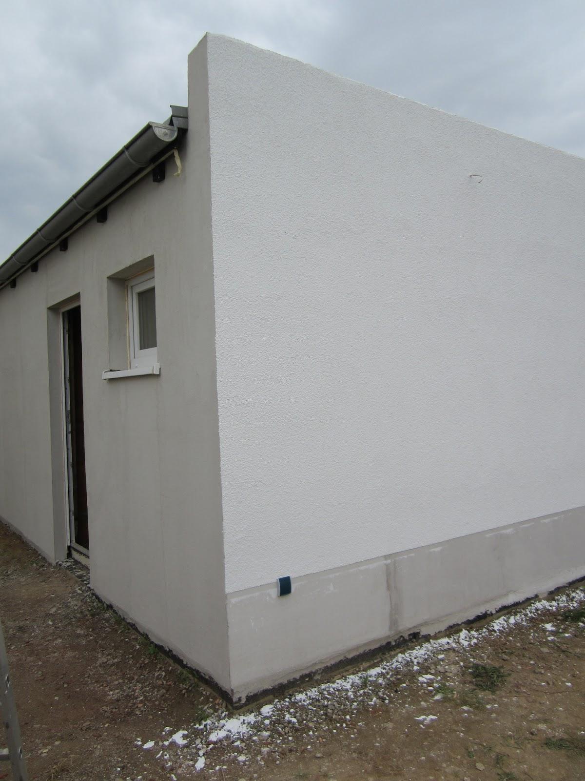 unser hausbau garage in eigenleistung aufbringen des silikatscheibenputzes auf der r ckseite. Black Bedroom Furniture Sets. Home Design Ideas