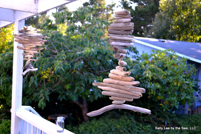 Coastal Craft: Driftwood Mobiles