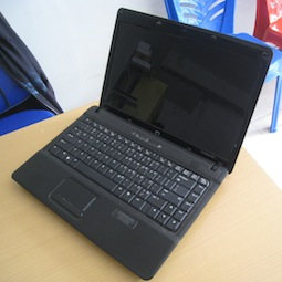 jual laptop bekas compaq 515