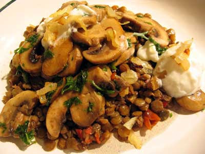 Lentils and Garlic Mushrooms