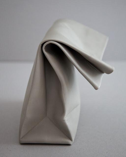 Saco de Papel by ADAISM (via Nest of Pearls)