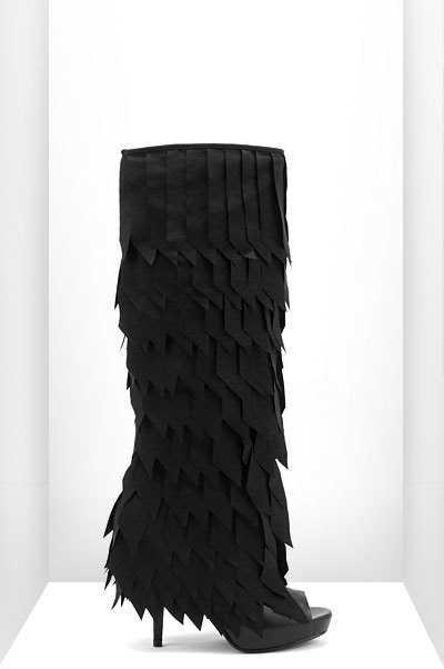 80 Abstract Footwear Designs