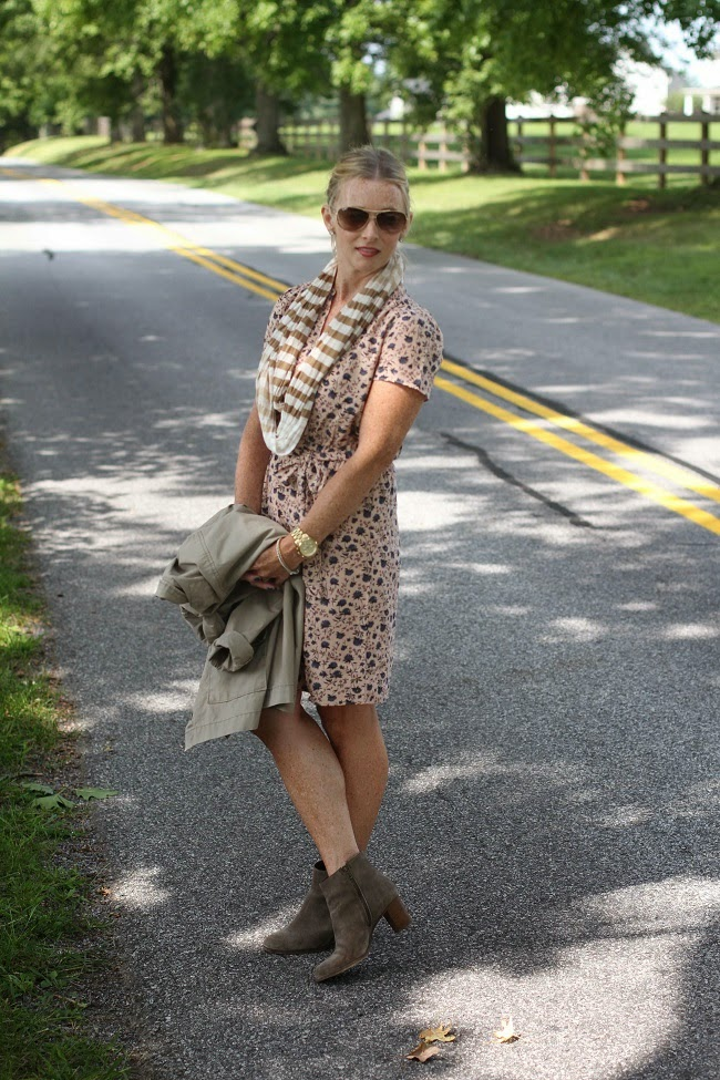 loft floral dress, ray ban aviators, jcrew suede ankle booties