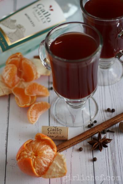 Mandarin Spice Mulled Wine | www.girlichef.com