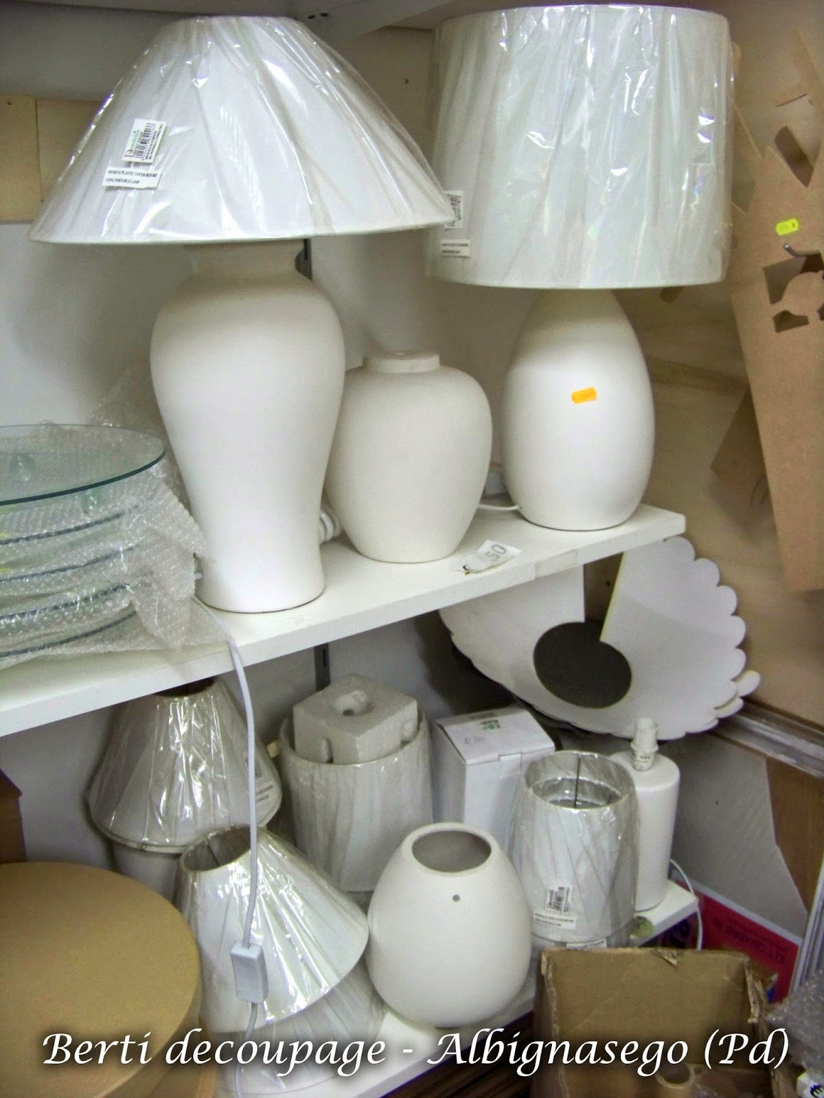 oggetti creativi fai da te : LAMPADE decorate fai da te, cucito, feltro, patchwork, nastri, idee ...