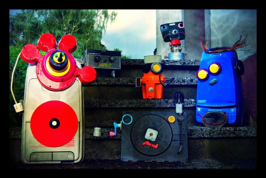 http://www.emilowowarsztatowo.blogspot.com/2012/06/roboty.html
