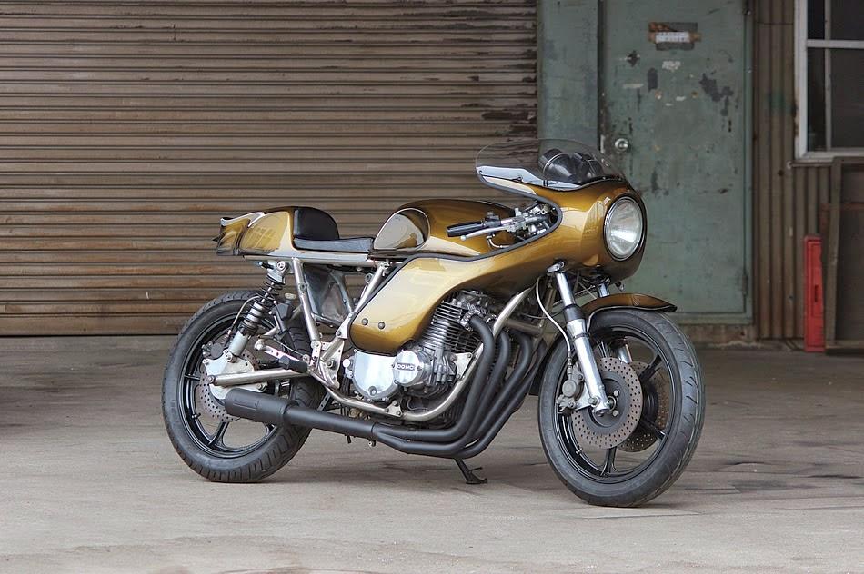 Permalink to Kawasaki Z1000 J2