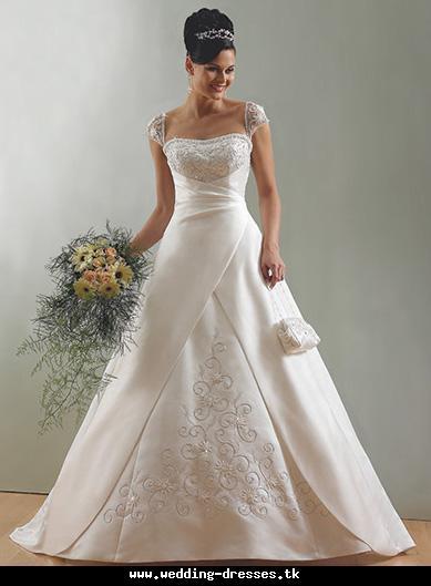 Wedding Clothes Collection Royal Wedding Dress