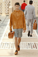 Louis-Vuitton, menswear, collection, spring-summer, road-trip, paris-fashion-week, fashion-week, semaine-mode, mode-a-paris, preppy, denim-jacket, damier-patchworks, monogram-bandana, footwear, du-dessin-aux-podiums