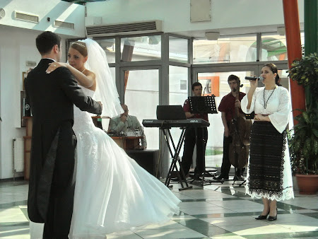 la...nuntă..