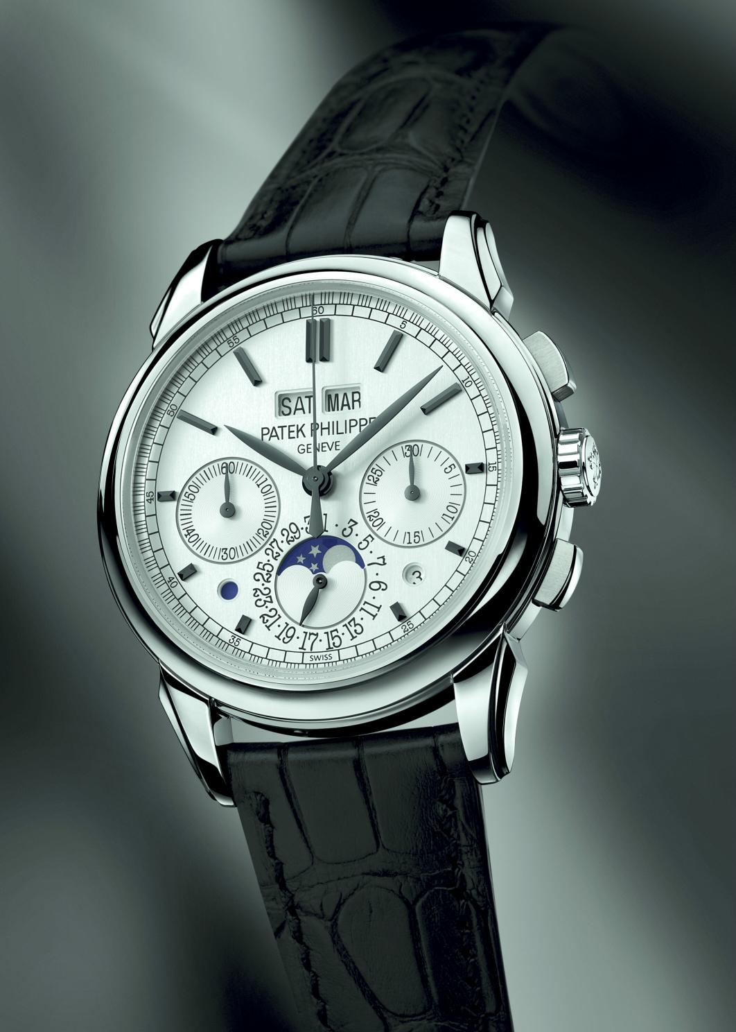 Horolograph a photographic history of patek philippe perpetual calendar chronographs for Patek watches