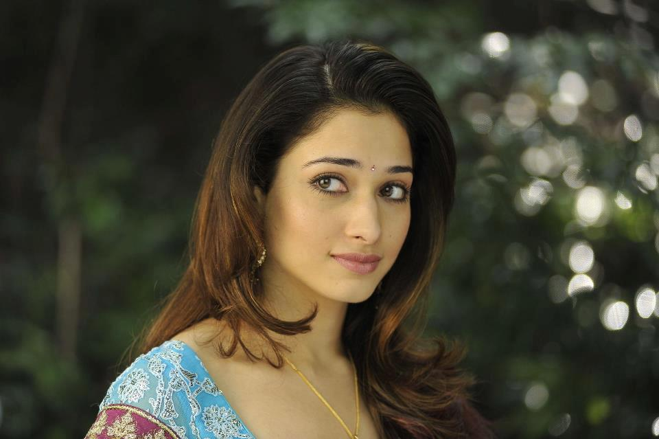 Bollywood Actress Tamannah Bhatia Hot And Sweet HD Wallpapers 2013 ...