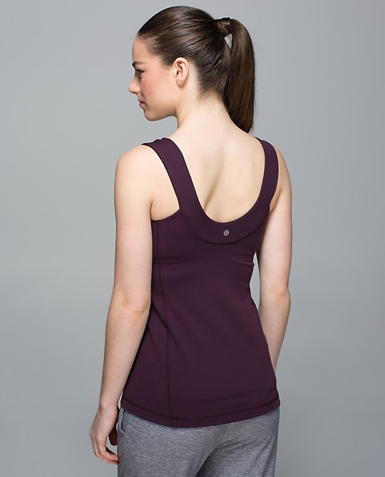 lululemon-scoop-back-tank