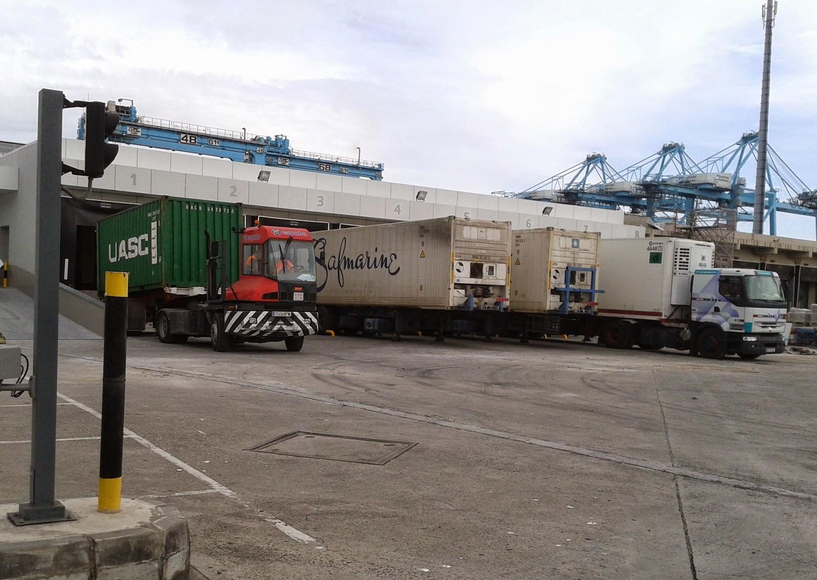 Muelles de descarga remodelados del PIF de Algeciras