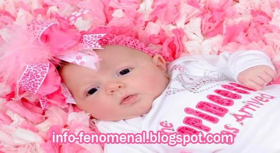 Pilihan Nama Bayi Perempuan Islam Beserta Artinya