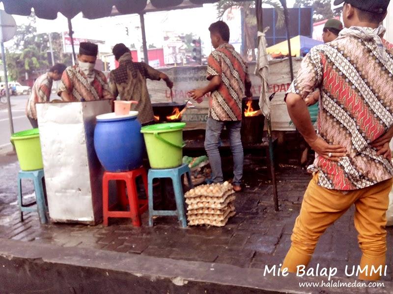 Mie Balap Ummi Simpang Griya