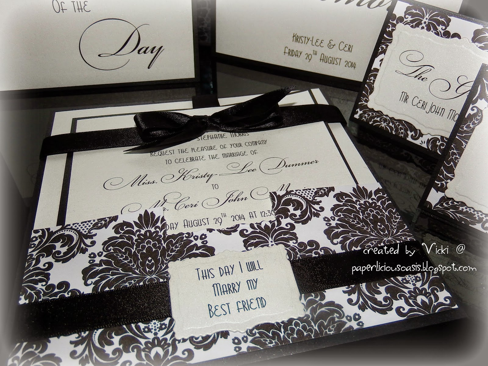 Paperlicious Oasis: Black and White Damask Wedding Invitations ...