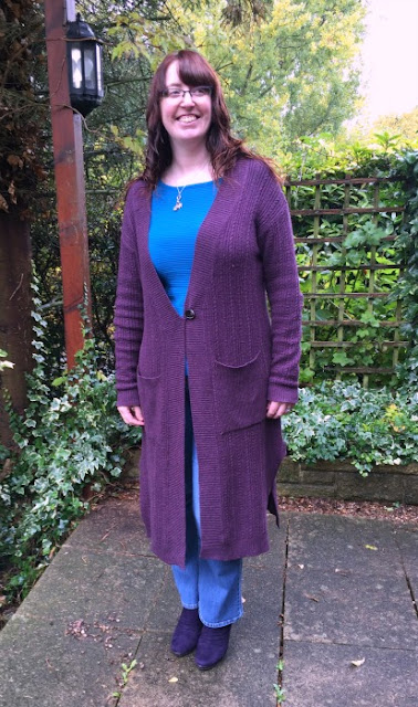 Autumn Style with Ethical Clothing | Morgan's Milieu: Nomads Clothing cardigan keeps me warm and stylish. Great for autumn.