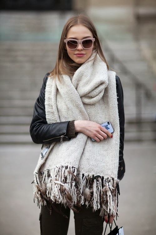 Gaint scarf and glasses
