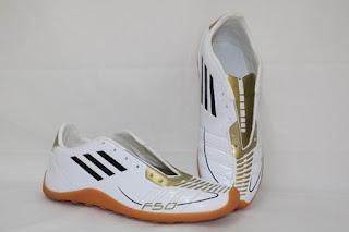 Sepatu Terbaru 2011 untuk Pria
