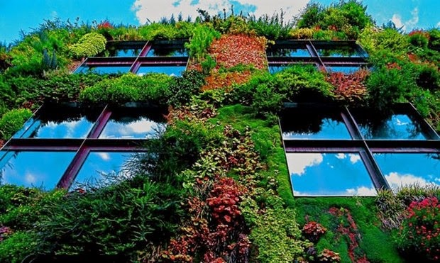 World's most beautiful gardens - Vertical Garden (Musee du quai Branly), France