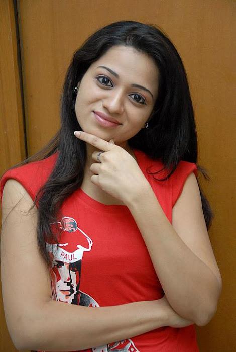 eerojullo movie reshma actress pics