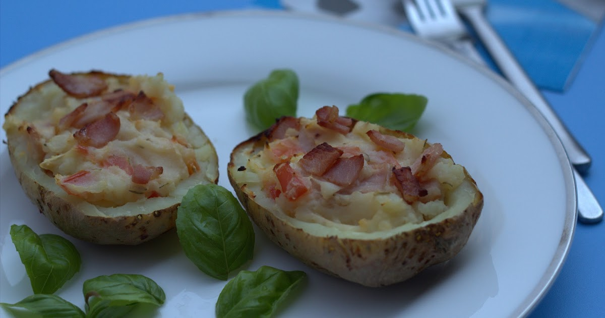 SlimmingEater: Bacon and brie potato skins