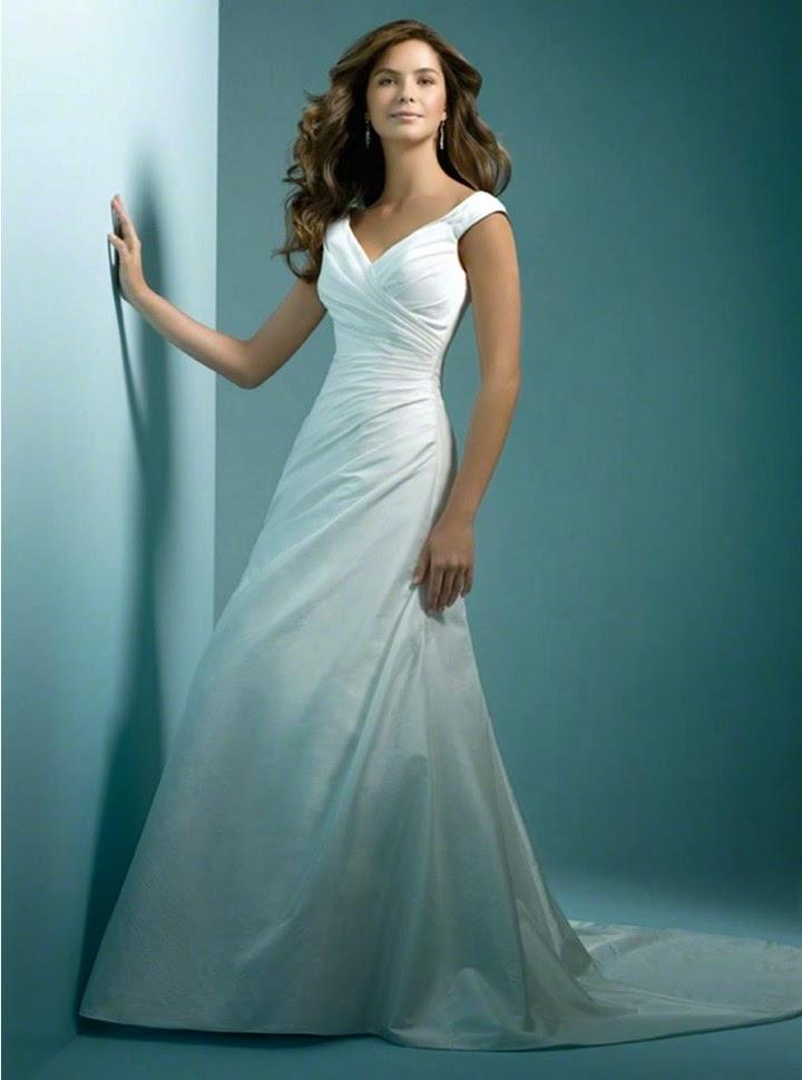 QueUsar.com: Vestido de Novia Escote V, con Tirantes y Pliegues ...