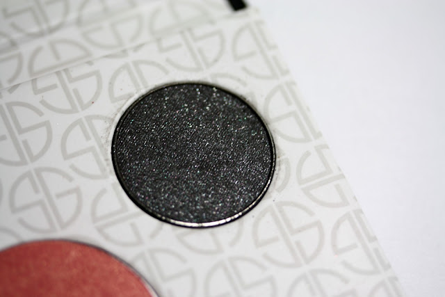 Manicurity | Studio Gear Cosmetics Holiday Smokey Eye Palette - Swatches, Review, and Discount Code!