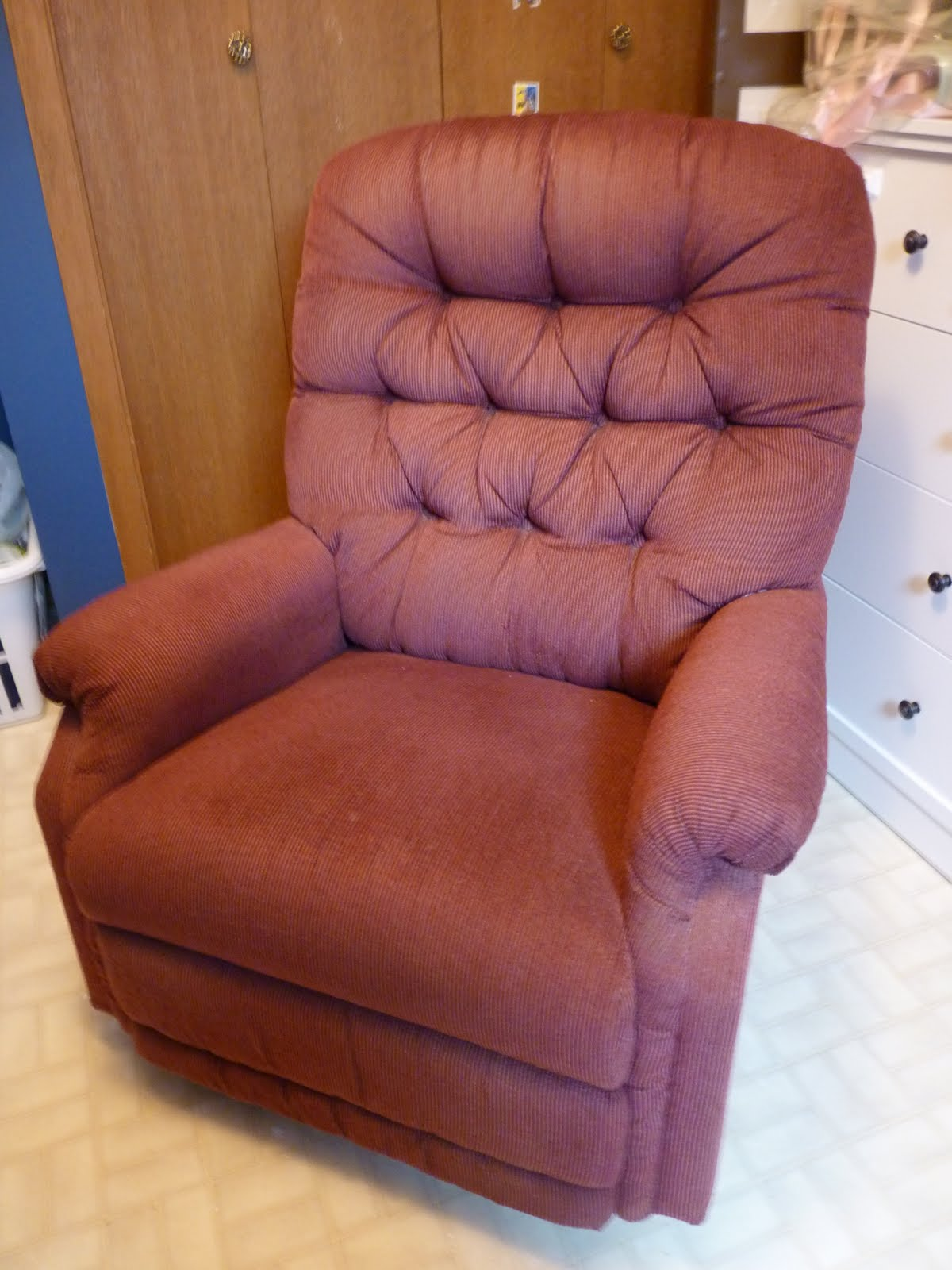 Cover My Furniture Inside In This Case My Client Was Working On Tight Budget The Recliner She Had For Her Nursery In Good Condition But Clashed Severely With The Colour N How To Sew Removable Slipcover Furniture