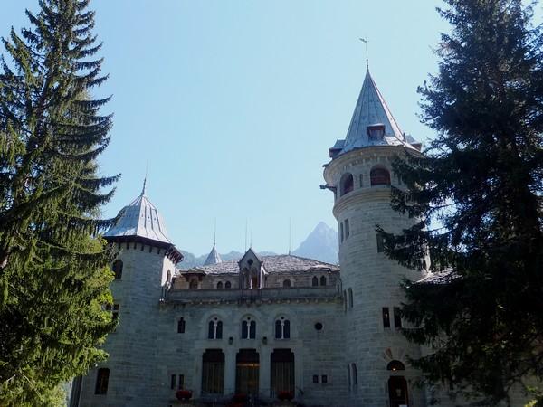 Italie Italy Aoste Aosta vallée lys walser gressoney-saint-jean castello savoia château savoie