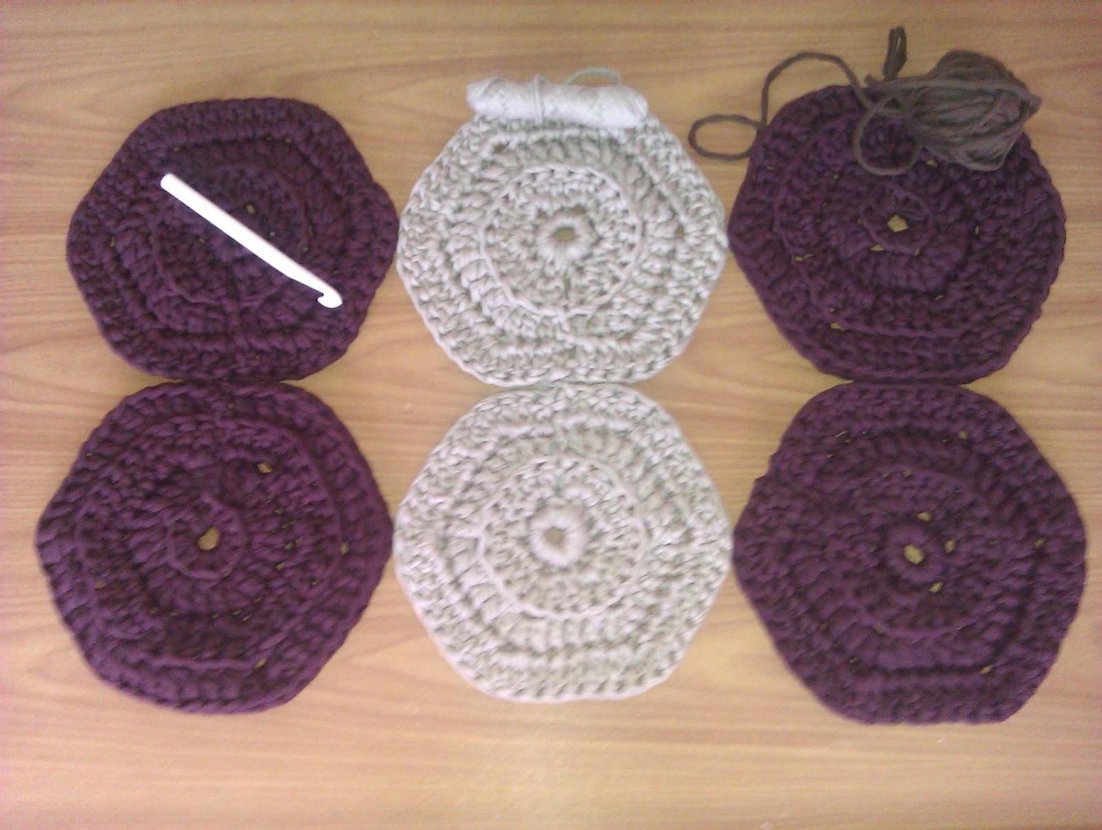 Manualidades alfombras de trapillo hexagonal - Alfombras ganchillo trapillo ...