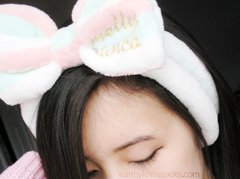 Photo of the bowknot butterfly headband from Love Shoppingholics, a cute hair accessory.