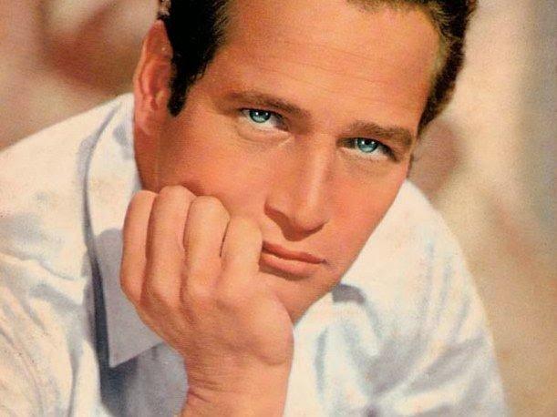 Y ¿Qué es poesía? dices mientras clavas en mi pupila tu pupila azul.